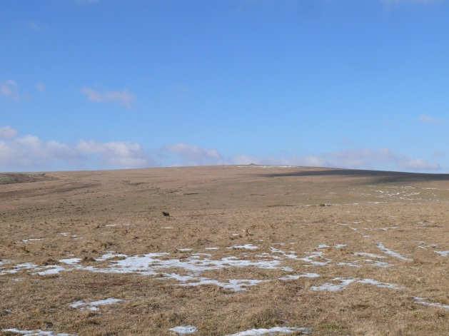 Looking back up to Eastern White Barrow with its submarine cairn