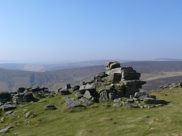 Hookney Tor stack with Birch Tor just to the right and the white dot in the centre is the Warren Inn pub