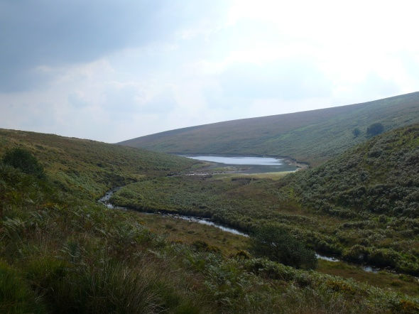 As we come round the corner the reservoir comes into view again