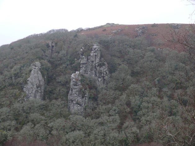 The Dewerstone with Devil's Rocks above