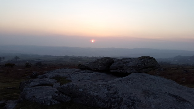Seeting sun on Hawks Tor