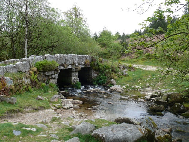The old Leather Tor packhorse bridge