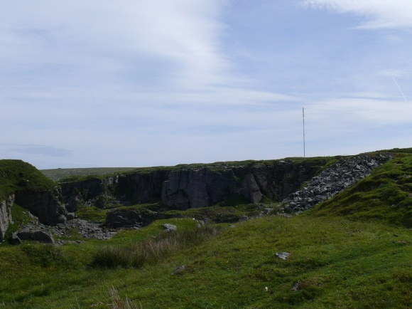 Foggintor Quarry with the mast behind