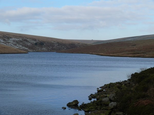 Avon Reservoir, the dimple in the distance is the spoil heap at Redlake, my target.