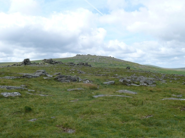 Looking up to West Mill Tor behind the summit of Rowtor