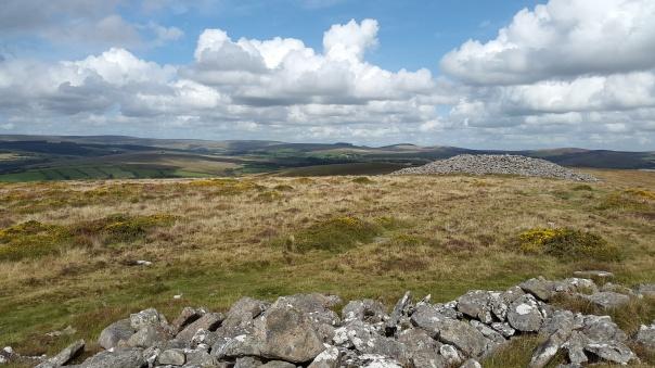 Corndon bronze age cairn to the north