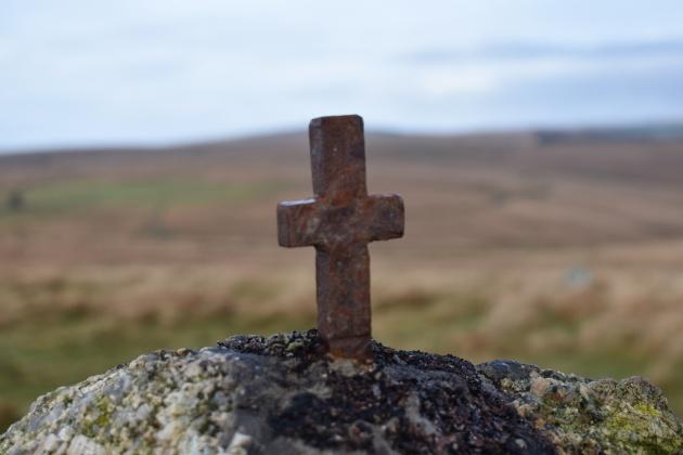 Northmore Cross 2